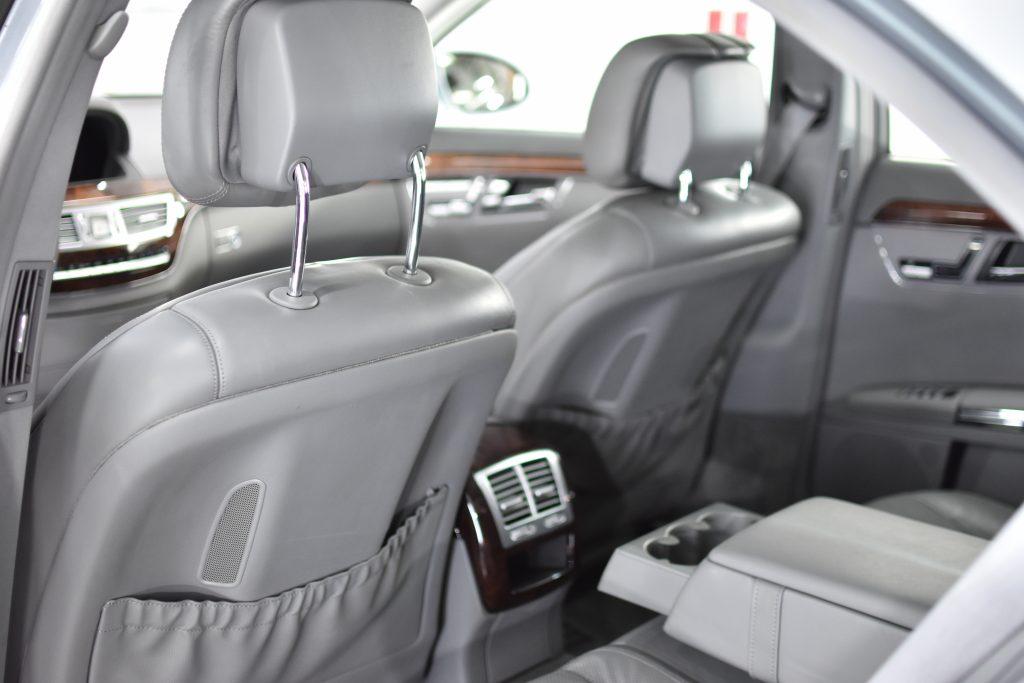 Mercedes Benz S500 detalizēta salona ķīmiskā tīrīšana, bituma noņemšana, sealanta uzklāšana