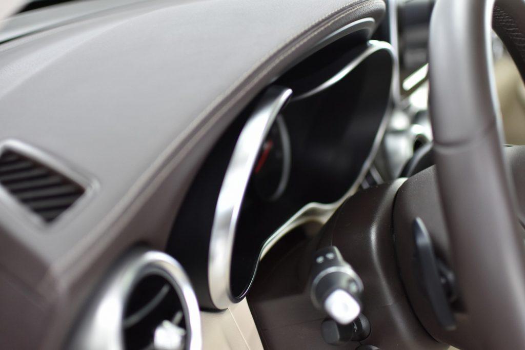 Mercedes GLC Pulēšana, keramiskais pārklājums, detalizēta salona ķīmiskā tīrīšana, salona keramika caroscar